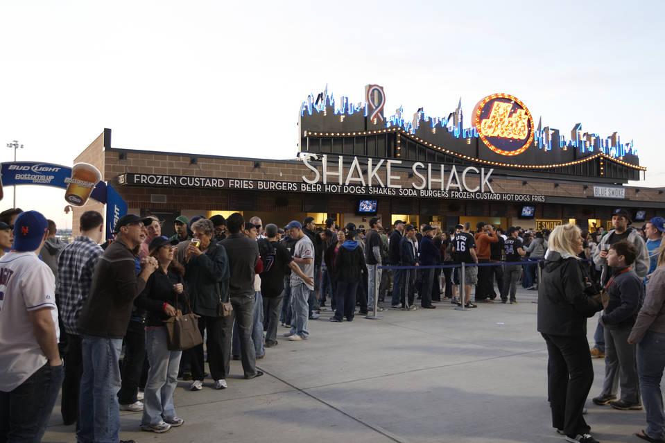 Uren in de rij voor een shake
